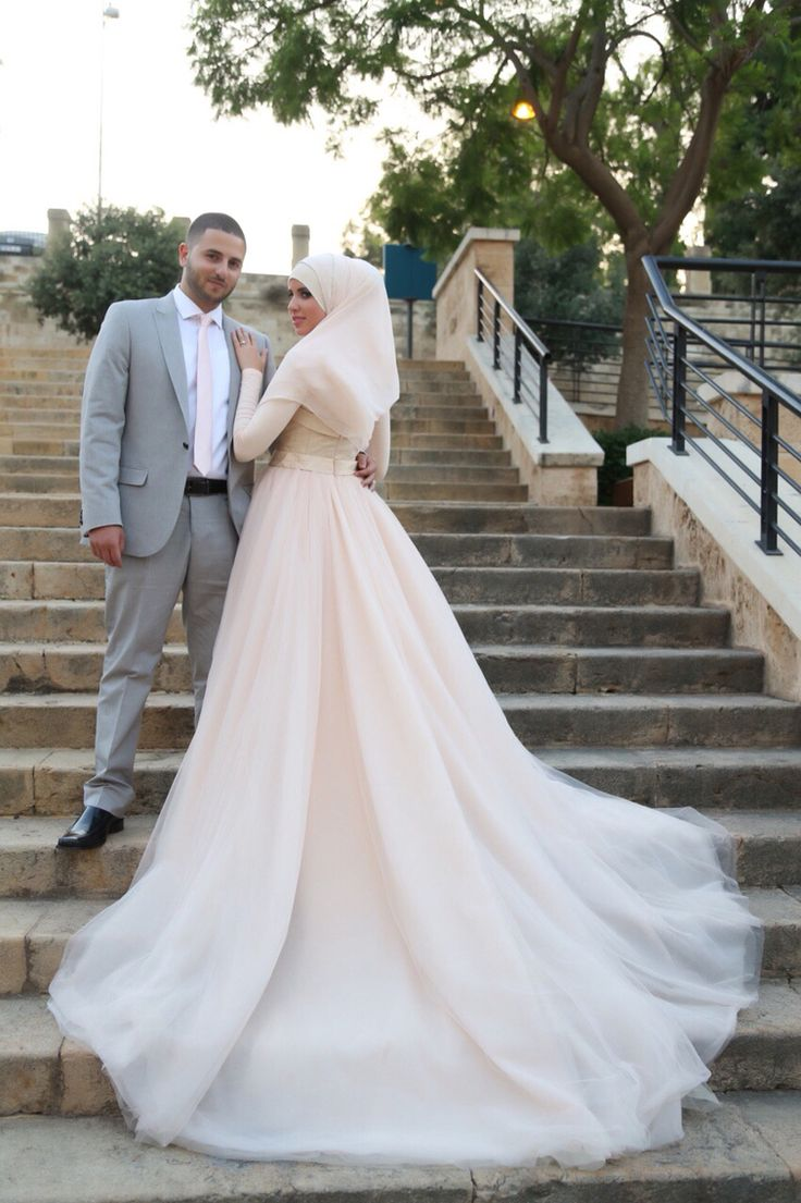 Staircase wedding pinterest the oujays bride dresses and