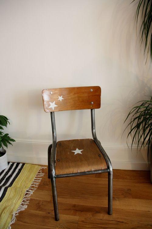 Chaise écolier enfant revisitée style vintage/industriel