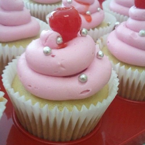 images about Vegan Cupcakes Take Over the World on Pinterest   Vegan