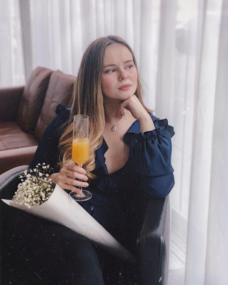 """1,269 Likes, 47 Comments - Linds Rosso 🌹 (@looksbylinds) on Instagram: """"What is Sunday without a mimosa?! 🥂 #makeshopbopyours #looksbylinds * * * #vancouverblogger…"""""""