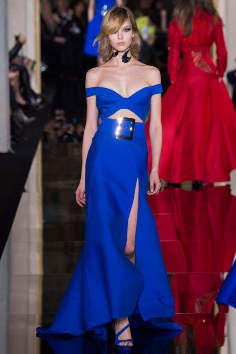 Sasha Luss w pokazie Atelier Versace - Haute Couture Fashion Week Paris 2015