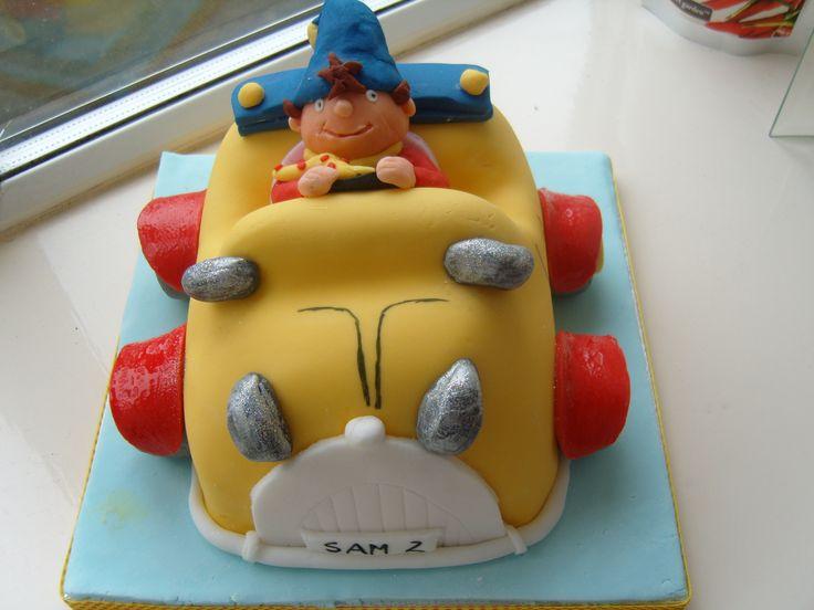 Noddy Car Cake www.kitchenfairiesleeds.co.uk