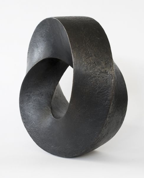 'Möbius, Round' (1989) by Norwegian sculptor Aase Texmon Rygh (b.1925). Bronze, 35 cm high. via Erling Neby Collection