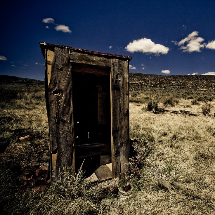 Old outhouse pictures bing images old homes buildings for Outhouse pictures