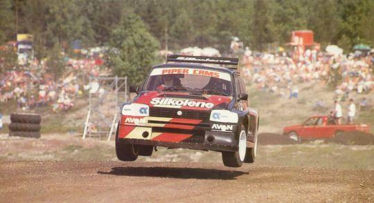 MG Metro 6R4 bi-turbo rallycross car