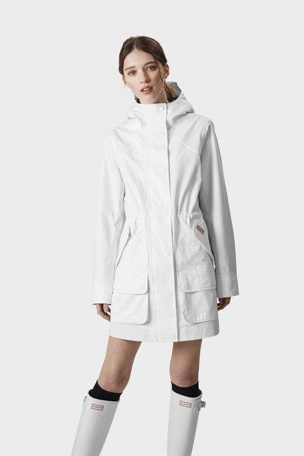 Women S Hunter Original Cotton Rain Coats Hunter Cotton Waterproof Jackets For Women The Untidy Closet Jackets For Women Raincoat Coat Outfit Casual