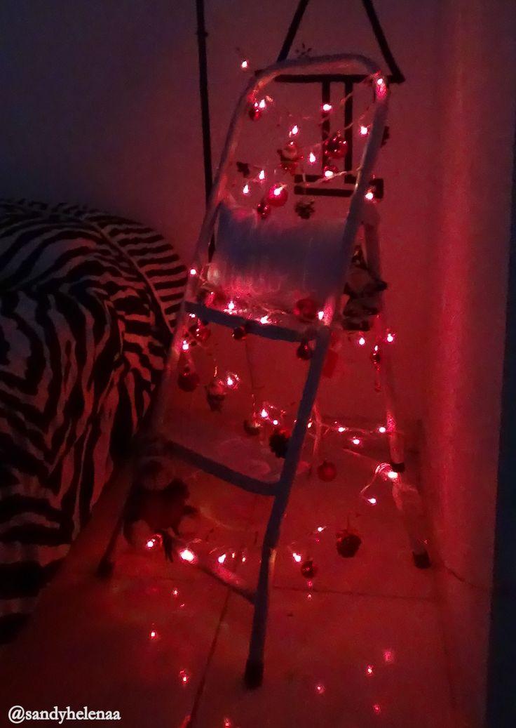 Árvore de natal de escada  #natal #holyday #diy #arvoredenatal #criativo #diferente