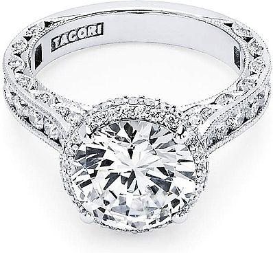 Tacori RoyalT Round Halo Diamond Engagement Ring