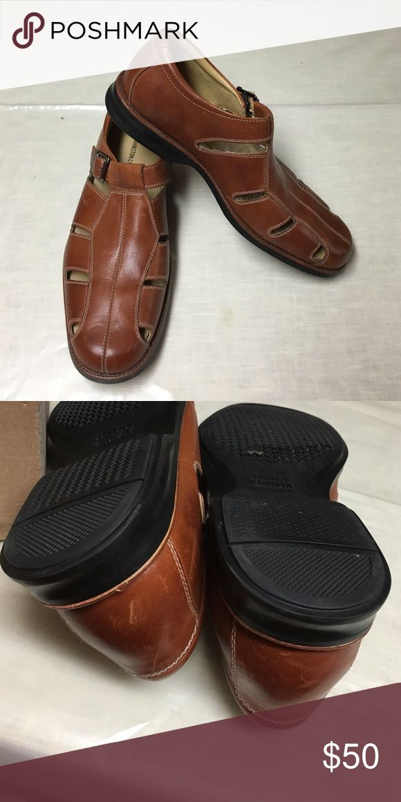 Men's Johnston & Murphy Sandals Men's brown leather closed toe sandals.  Has buckle closure. Johnston & Murphy Shoes Sandals & Flip-Flops