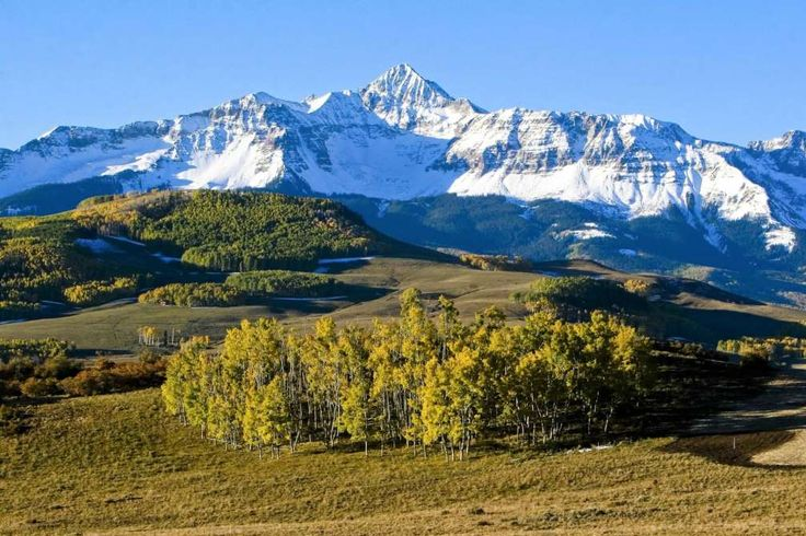 The Drive: San Juan Skyway Scenic BywayThe Scene: Make your way through canyons and valleys on a roa... - Courtesy of Colorado Tourism Office