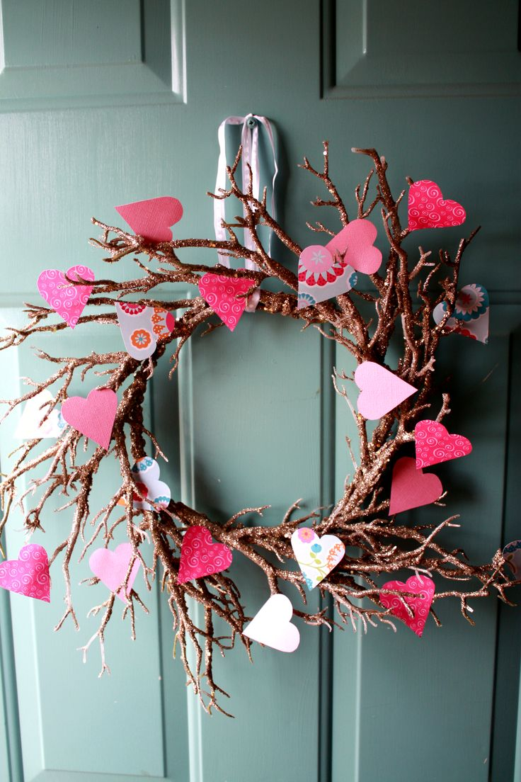 My Valentine S Wreath I Made For My Front Door Old