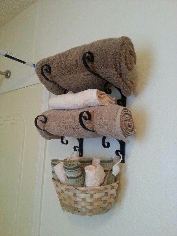 CeSupport pot de fleurmonté à l'envers vous permettra de ranger vos serviettes