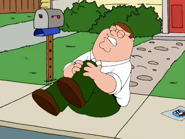 Peter hurts his knee on Family Guy.