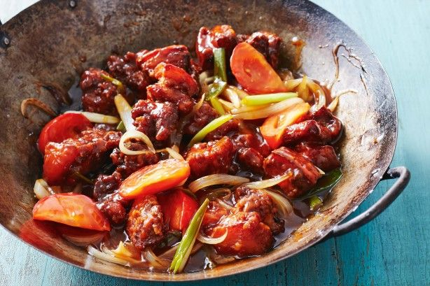 This is Marion Grasby's home-style take on the Chinese favourite - sweet & sour pork.