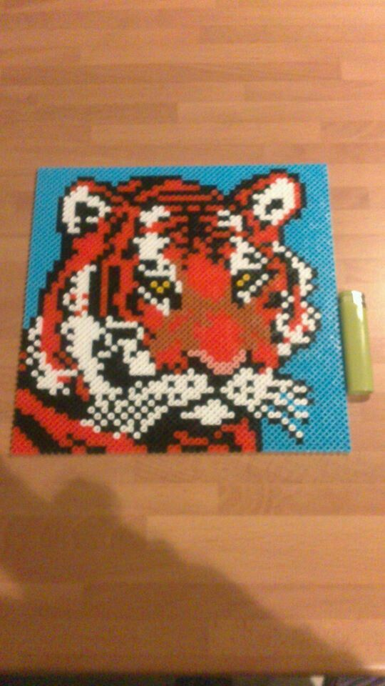 1000 images about perler beads on pinterest magnets - Hama beads cuadros ...