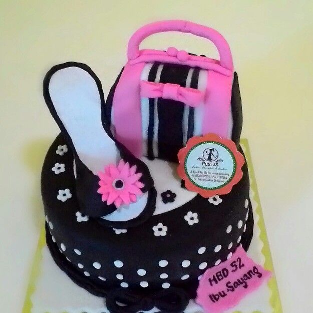 girly*shoes*purse*flower black white