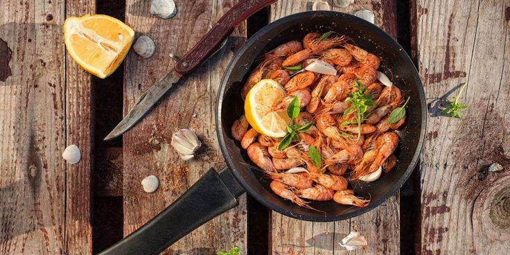 Τηγανιτές γαρίδες με σκόρδο και κονιάκ