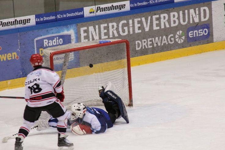 Punktspiel in der Eishockey-Regionalliga Ost zwischen den Eislöwen und FASS Berlin