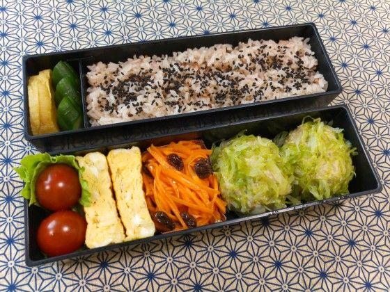 お弁当の簡単おかずレシピ。野上優佳子さんの、きゃべつシュウマイ。   やまでら くみこ のレシピ
