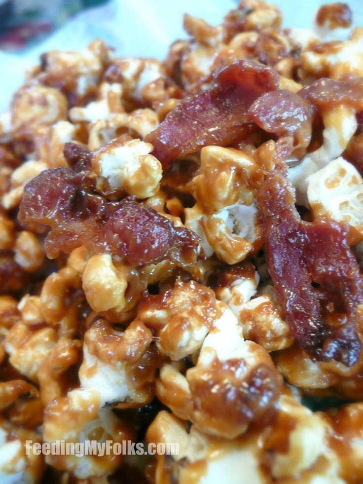 Bacon Caramel Popcorn #snacks #recipe I actually want to try this because bacon.