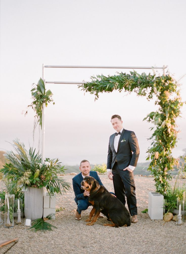 A Gorgeous Elopement Set Above the Hills of Malibu | Photography: Lucas Rossi