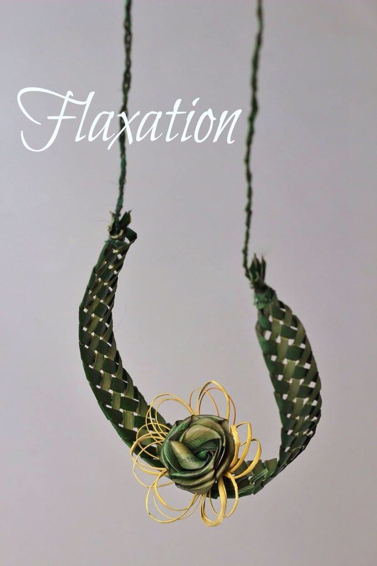 Flax horse shoe created by Flaxation. www.flaxation.co.nz