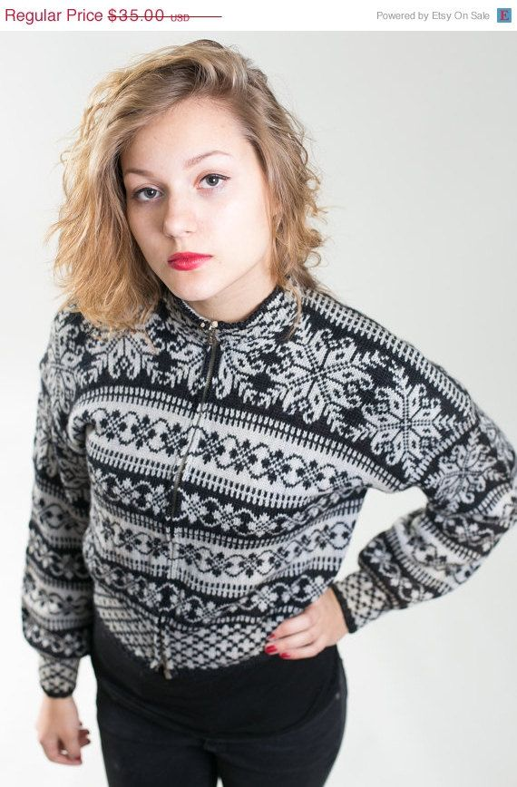 SALE Black and grey Vintage woman Nordic  sweater by vintagepussy, $26.25