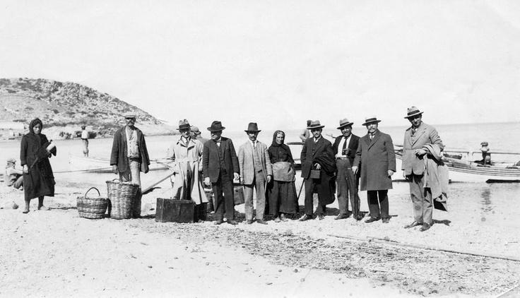 Travellers, Agia Pelagia, 1930s
