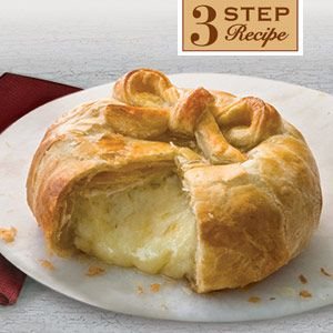 Three simple steps are all you  39 ll need to make this simply delicious and elegant appetizer  featuring golden puff pastry oozing with melted Brie cheese