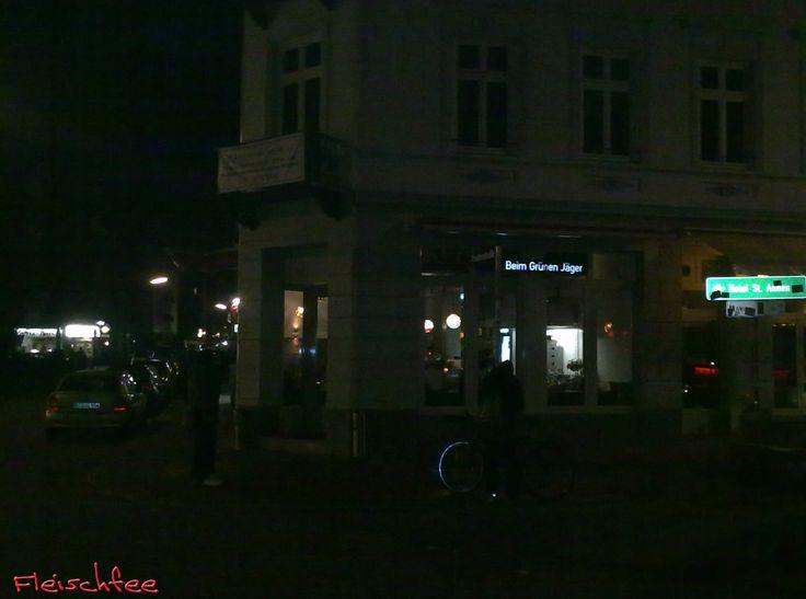 """Lange haben wir gewartet, doch nun ist es endlich soweit, sie sind wieder da: Mr. Kebap! Die heimlichen """"Döner Stars"""" aus Hamburg haben am Freitag, den 11.11.'11 erneut an gewohntem Standort ihre P..."""