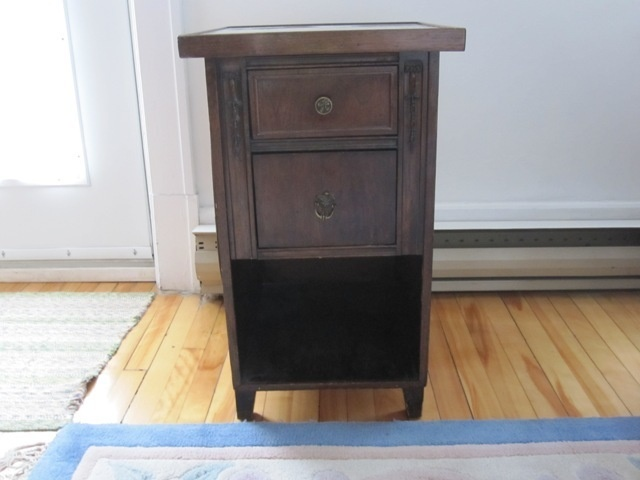 Kijiji table de nuit antique 35 buy or cry pinterest tables and an - Table de nuit vintage ...