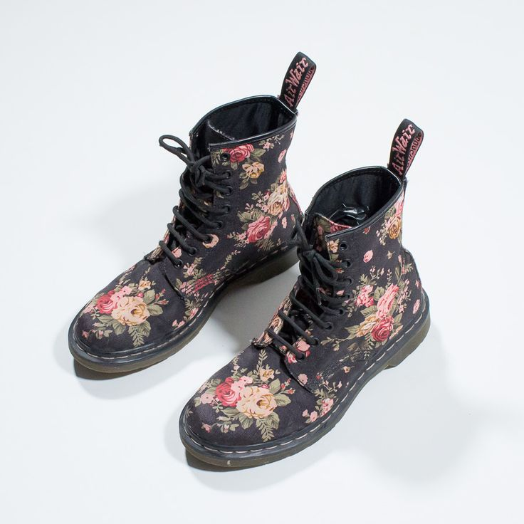 ✦ CLICK TO BUY ✦ DR MARTENS - Blacks canvas floral amphibians - anfibi neri in tela con fantasia floreale - rosa - pink - vintage clothing & accessories