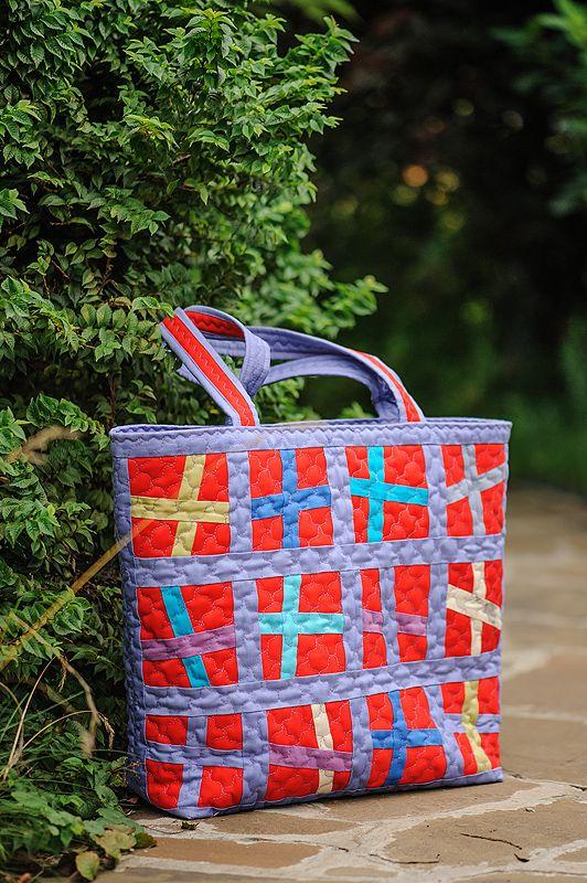 Bright red bag idea #quilted bag /Красная сумка  пэчворк #tote bag #red bag  #сумка #красная сумка #красный печворк