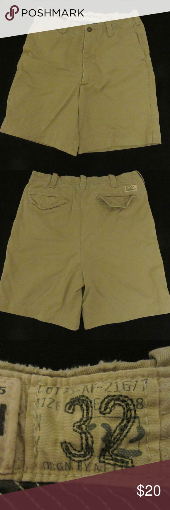 ABERCROMBIE & FITCH SHORTS CHINO MEN'S 32 great shape  ABERCROMBIE & FITCH SHORTS CHINO MEN'S 32?  ? Abercrombie & Fitch Shorts