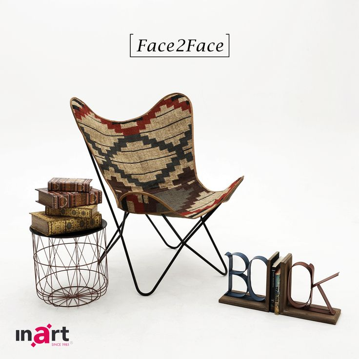 Black and white or vintage theme? Which combo do you prefer? #inart #Face2Face #Decoration #HomeDecor #HomeStyle #FurnitureStyle #Furniture #Chair #BlackAndWhite #Vintage