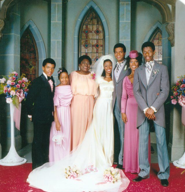 Good Times Wedding Portrait One Of The Most Memorable Scenes From Iswait For Ityou Know It Infamous Episode When Bens
