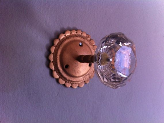 vintage door knob wall hook - Vintage Door Knobs