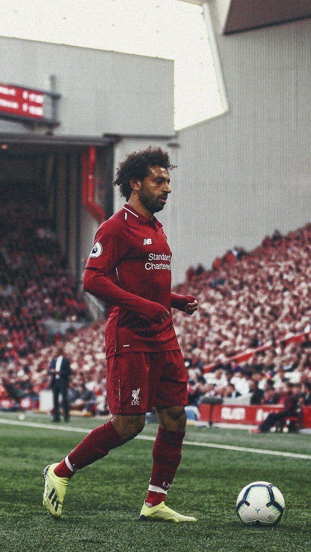 Pin By Iulia M On Mohamed Salah Salah Liverpool Liverpool Football Club Players Liverpool Football Club Wallpapers