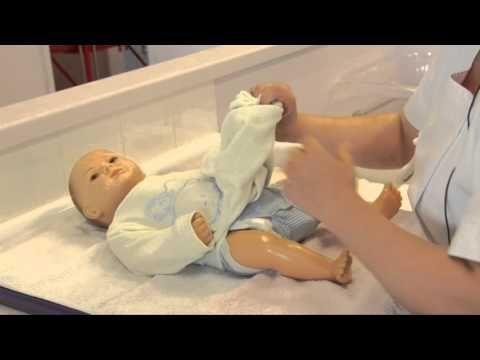 change bébé du bébé concours Auxiliaire de puériculture.BAC PRO ASSP et CAP Petite EnFance - YouTube