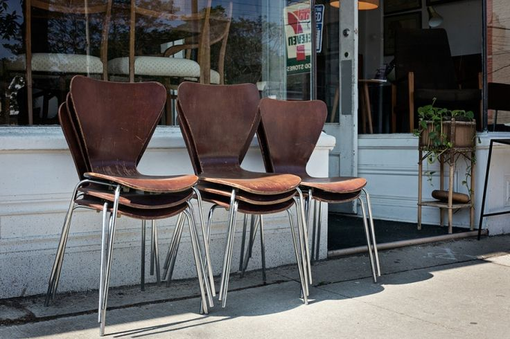There's a lot of second-hand furniture stores in Toronto that help you build a comfortable and convenient interior space with reused furniture.
