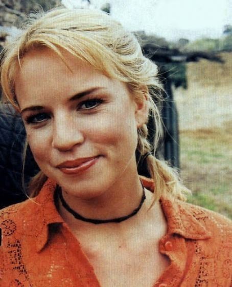Jessica Napier of McLeod's Daughters <3 Becky!