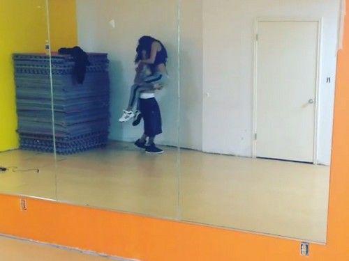 selena gomez new butt photos dance studio mar 11 pic | Justin Bieber and Selena Gomez Hot Half-Naked Sexy Dancing Videos ...