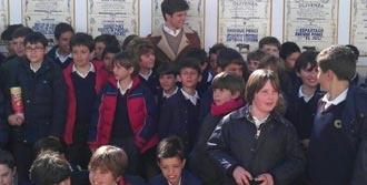 OLIVENZA Se colgó el cartel de 'no hay billetes'  Ambientazo en la clase magistral de El Juli - Mundotoro.com #Olivenza #cartel #ElJuli #toros