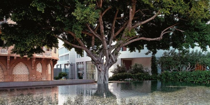 Green Architecture Now! Vol. 1. TASCHEN Books (TASCHEN 25 Edition). VLADIMIR DJUROVIC, Samir Kassir Square, Beirut, Lebanon © Matteo Piazza