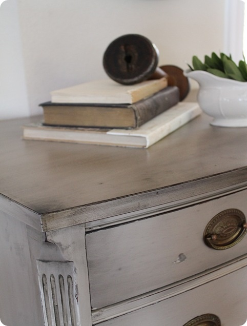 grey distressed furniture   looks like dry brushing with black. Best 25  Grey distressed furniture ideas on Pinterest   White
