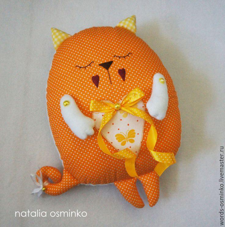 Купить Буквы-подушки, 30 см / мягкие буквы / подушка-кот - оранжевый