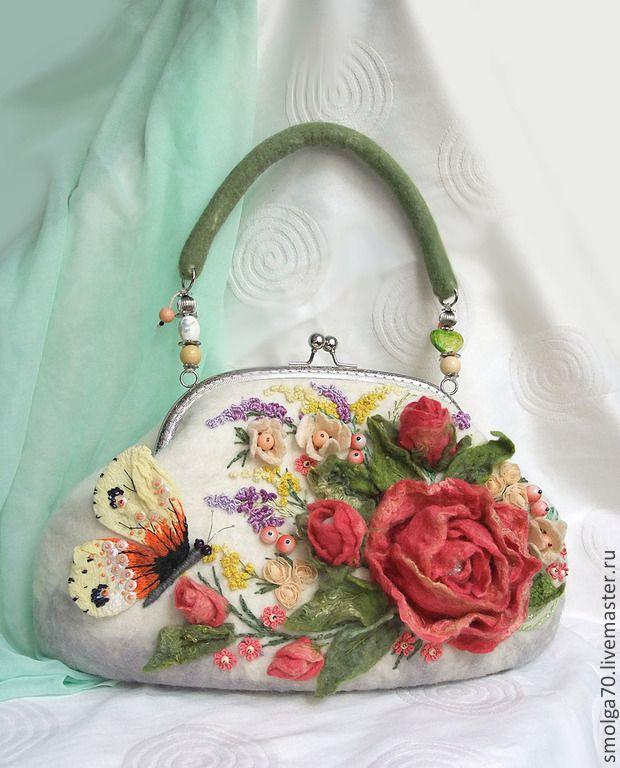 """сумочка """"Aurora"""" - коралловый,коралловые розы,розы,объемная вышивка,Валяние"""