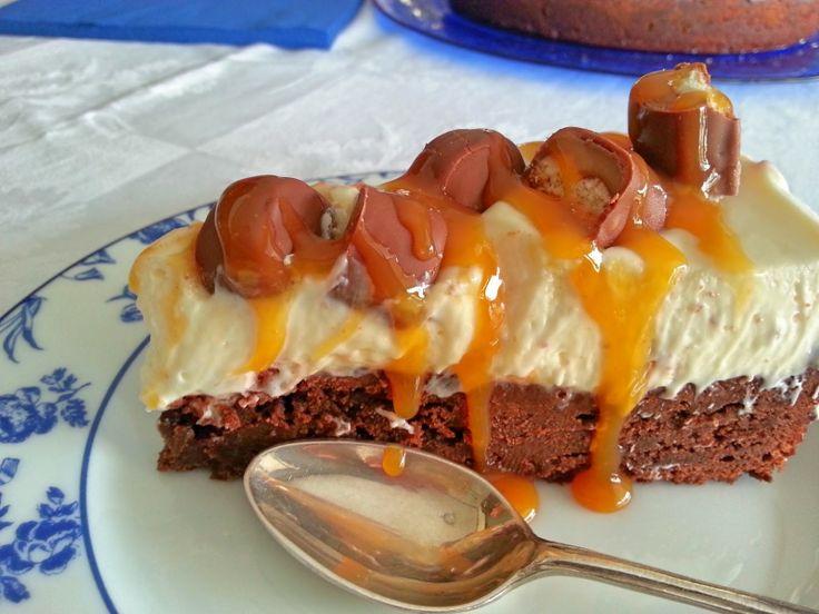Cheesecake με Twix και βάση brownie - Twix brownie cheesecake