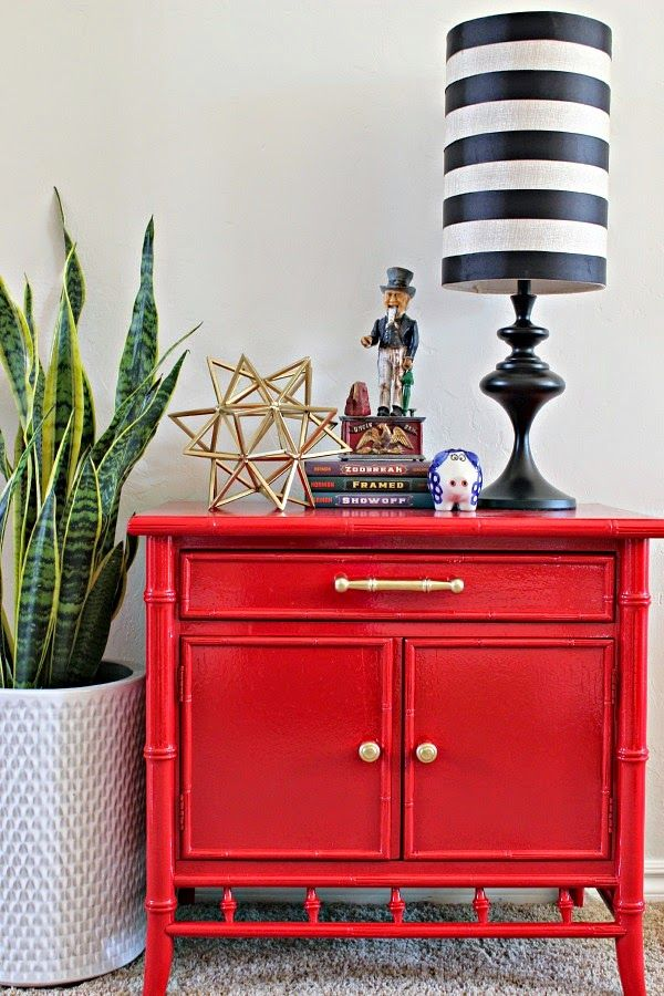 Glossy Red bamboo nightstand makeover. Tips on spray painting furniture.
