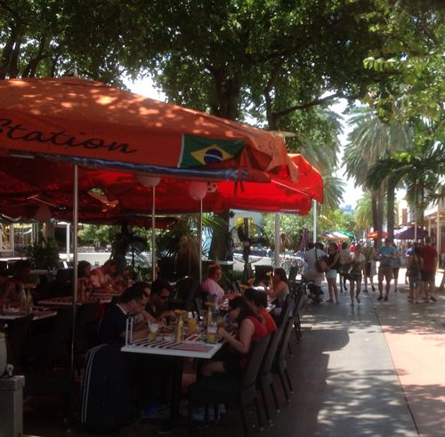 Another view of the cafes on Lincoln Road.